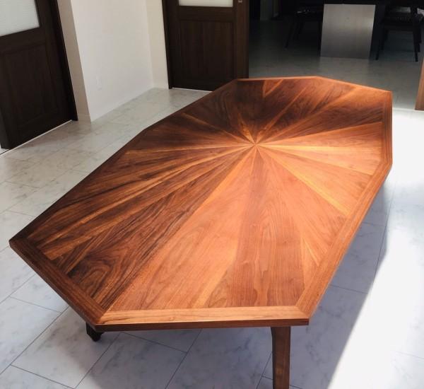 8角テーブル